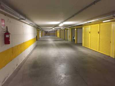 Box Garage in Vendita a Varenna Viale Giovanni Polvani