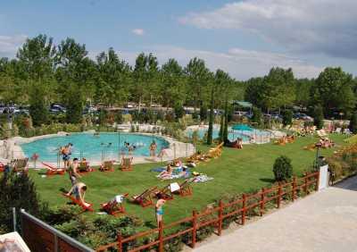 Bungalow 2 Camere da Letto in Affitto a Torre del Lago Toscana