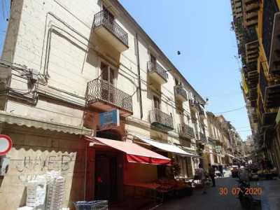 Appartamento in Vendita a Caltanissetta via Consultore Benintendi