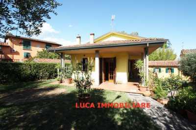 Villa in Vendita a Buggiano via Lucchese