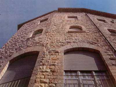Palazzo Stabile in Vendita ad Assisi