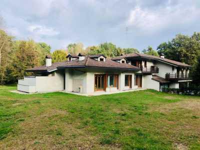 Villa in Vendita a Fiano via Rotta Golf 25