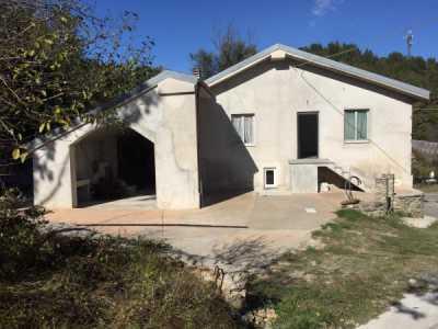 Villa in Vendita a Dego