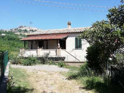 Indipendente in Vendita a Montebello di Bertona via Campo Mirabello 1 Zona Agricola