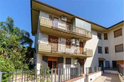 Appartamento in Vendita ad Aci Castello via Acicastello 93