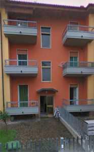 Palazzo Stabile in Vendita a Romano di Lombardia via Cavagna 2
