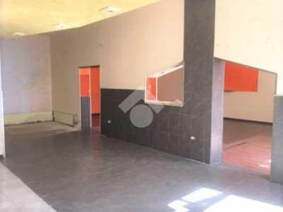 in Vendita a Policoro Locale Commerciale via Nazario Sauro 16
