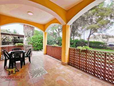 Villa in Vendita a Siracusa Traversa Arenella