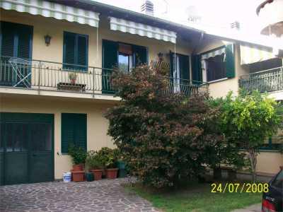 Stanze in Vendita a Castelletto Sopra Ticino via Beati 3