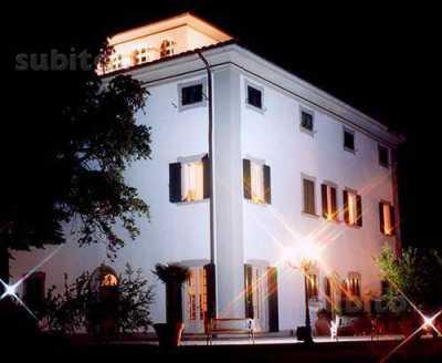 Villa Singola in Vendita a Quarrata Valenzatico Santonvovo