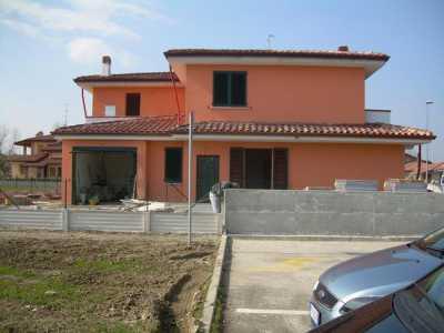 Villa a Schiera in Vendita ad Ostellato