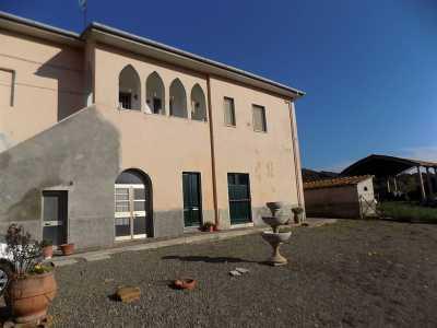 Azienda Agricola in Vendita a Montecatini Val di Cecina Sassa
