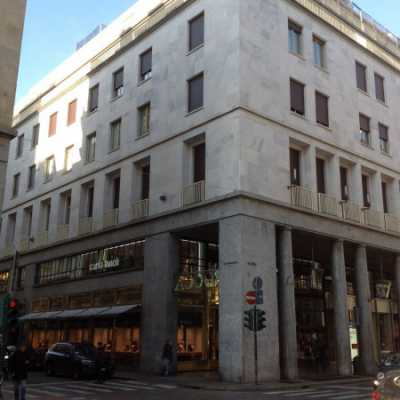 Appartamento in Vendita a Torino via Dell