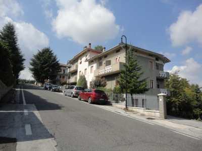 Appartamento in Vendita a Poggio San Marcello Contrada Gioncare