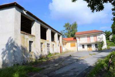 Rustico Casale Corte in Vendita a Perletto Vedi Coordinate (strada Serole)