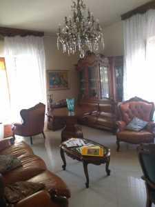 Appartamento in Vendita a Sarzana Viale Giuseppe Mazzini 99