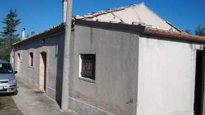 Rustico Casale Corte in Vendita a Lanciano c da Villa Martelli 345