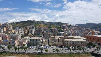 Appartamento in Vendita a Genova via Montaldo Marassi
