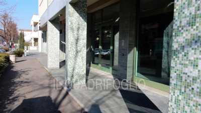 Negozio in Affitto a Cesena Centro Urbano