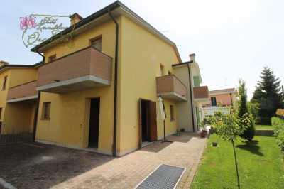 Villa a Schiera in Vendita a Veggiano via Sant