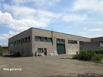 Attivit Commerciale in Vendita a Livorno Collinaia
