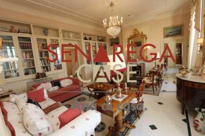 Appartamento in Vendita a Genova via ai Piani di Sant