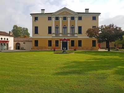 Villa in Vendita a sandrigo