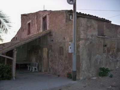 Rustico Casale Corte in Vendita a Caltanissetta