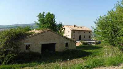 Agriturismo in Vendita a San Severino Marche