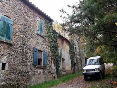 Rustico Casale Corte in Vendita a Montieri Boccheggiano