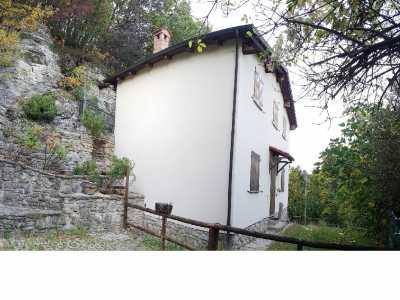 Villa in Vendita a castel d`aiano labante