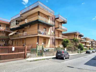 Appartamento in Vendita ad Aci Catena via Salvo D
