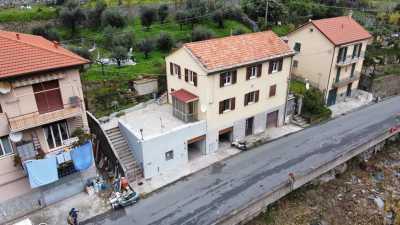 Appartamento in Vendita a Varazze via Emilio Vecchia Varazze