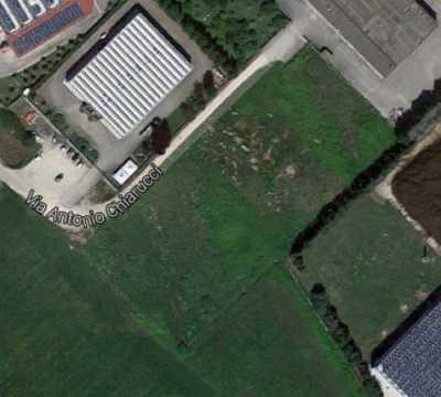 Terreno in Vendita a Cisterna di Latina Strada Statale 7 via Appia