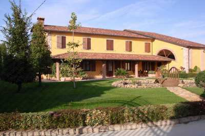 Villa Singola in Vendita a melara via pagana