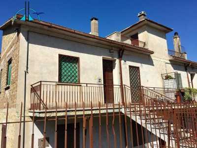 Appartamento in Vendita a Toffia via Farense Snc