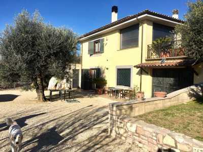 Villa in Vendita a Fara in Sabina via Salaria Vecchia Borgo Quinzio
