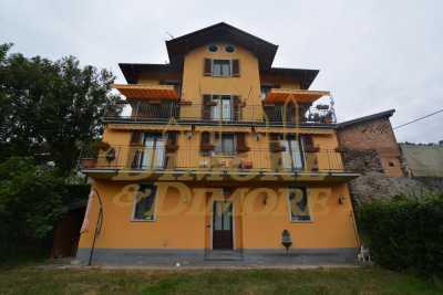Villa in Vendita a Cossogno