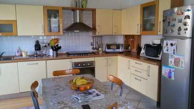Appartamento in Vendita a Carrara Bonascola
