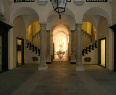 Albergo Hotel in Vendita a Genova Porto Antico Centro