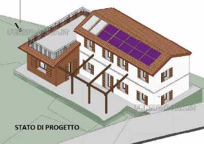 Rustico Casale Corte in Vendita a Fermo via Montotto 4 Fermo
