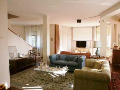 Villa in Vendita a Pescara Strada Valle Furci Zona Colli