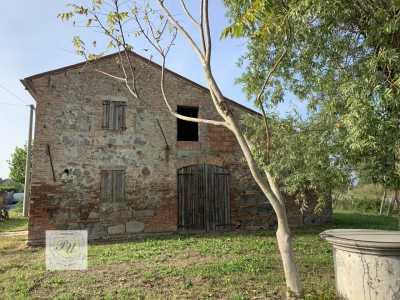 Rustico Casale Corte in Vendita a Villa Estense via Principe Umberto 54 b Grompa