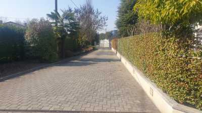 Villa Bifamiliare in Vendita a Saonara via Vigonovese Villatora