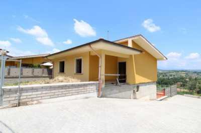Villa in Vendita a Poggio Nativo via Sassetti