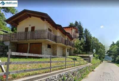 Villa in Vendita a Sormano Tivano