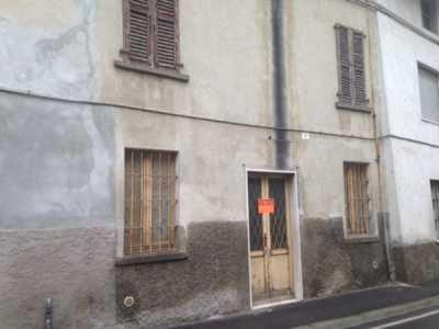 Indipendente in Vendita a Romano di Lombardia via Tito Speri