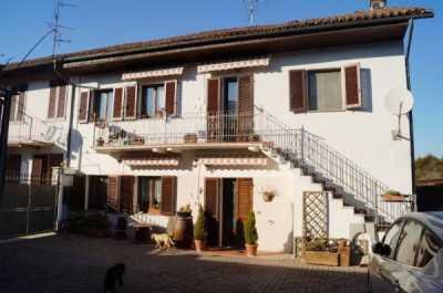Villa in Vendita a Prarolo via Pietro Castino 32