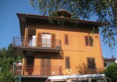 Appartamento in Vendita a Centro Valle Intelvi via Casasco 19