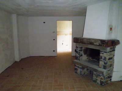 appartamento in Vendita a rota d`imagna via cabarucco 6